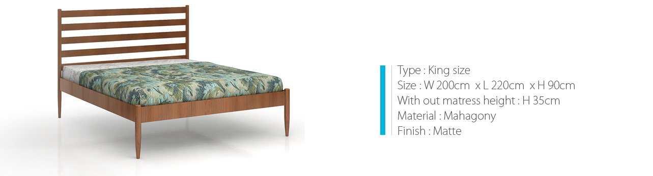 Bed in wood